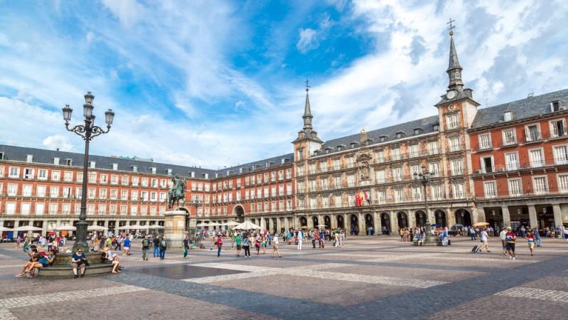 Cara Berlibur di Spanyol Bersama Anak-anak